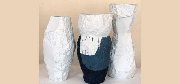 Anke Roschka: Vasen, vom Fels inspiriert